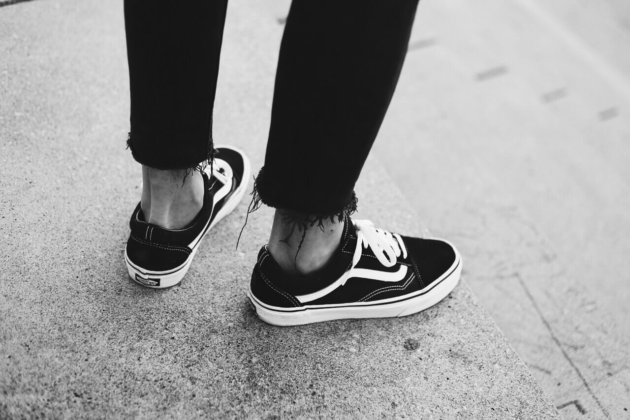 vans old skool black tumblr