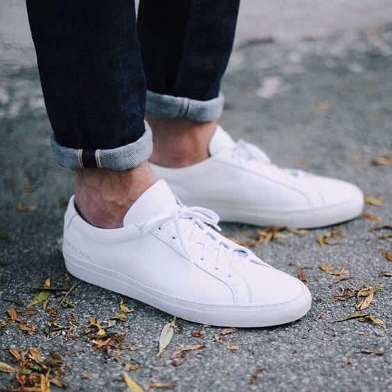 Quick   Simple Guide To The 10 Best White Sneakers in 2019 - OnPointFresh 31145a92f