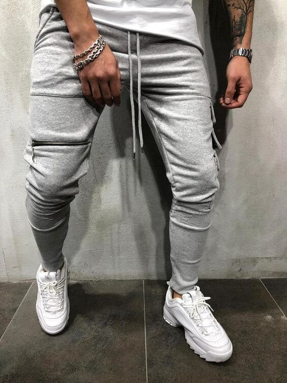 b1367d8ee Tapered Sweatpants + Chunky White Sneakers ...