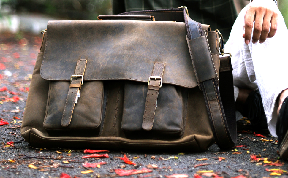 0208f230b Top 8 Best Messenger Bags For Men - Latest Trends in 2019 - OnPointFresh