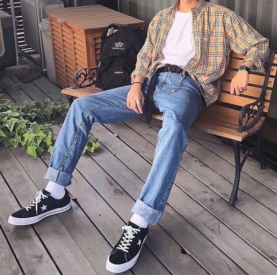 The Soft Boy Aesthetic Guide This article is just for you guys out there who are looking for casual styles to try on for any day or night. the soft boy aesthetic guide